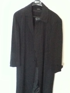 Men's lined fine Italian trenchcoat
