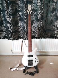 Ibanez SR300e-PW bass guitar for sale. Excellent condition.