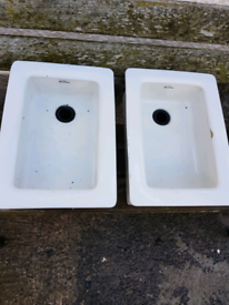 2x Royal Doulton Belfast sinks.