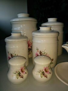 Stoneware - Canisters, gravy boat, teapot & cups etc Kitchener / Waterloo Kitchener Area image 5