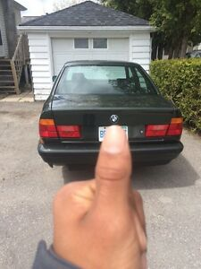 1989 bmw 520 (only 5 in canada) Kingston Kingston Area image 2