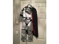 Captain phasma from star wars
