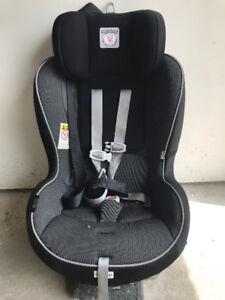 Chaise de bebe voiture PEGPEREGO - Primo Viaggo