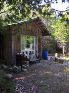100 acre hunting camp in Manitoulin Island