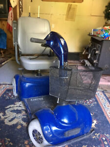 VICTORY 4 WHEEL SCOOTER
