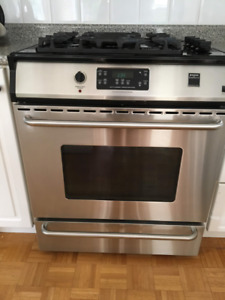 Dual Fuel Kitchen Stove and Oven