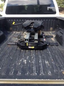 Super glide hitch reduced!!!! Need sold ASAP!