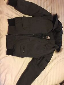 Canada Goose victoria parka outlet cheap - Canada Goose Jacket | Buy & Sell Items, Tickets or Tech in Ontario ...