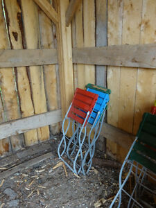 Vintage (almost antique) folding garden/patio chairs Yukon image 7