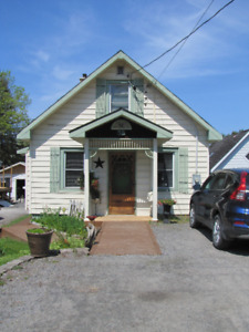 Waterfront Home for sale in Parry Sound