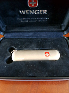 Wenger Swiss army pocket knife