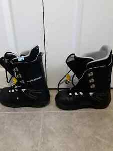 Women's size 8 Burton Snowboard Boots
