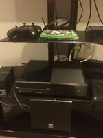 Xbox one with kinect 500 gb for sale or trade