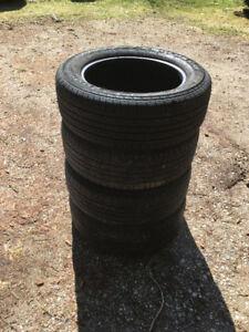 pneus d'été khumo 225/60r17