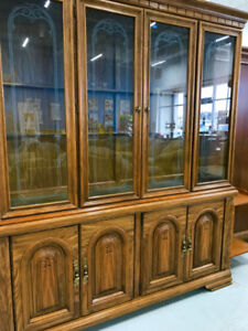 Reduced to sell 7 pc Oak Dining Table Set  and China Cabinet