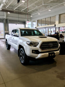 2017 Toyota Tacoma trd sport 4x4 *amazing package deal*