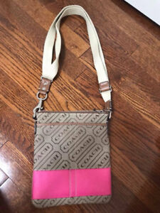 Brand New Coach Purse - Never been used