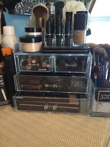Clear acrylic makeup drawers/storage for sale  Belleville Belleville Area image 1