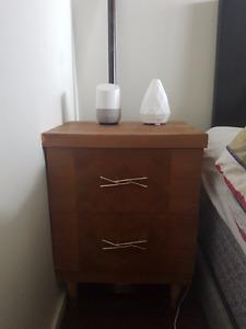 Mid Century Modern Vintage Dresser / Night stand