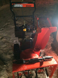 New Snow Blower for Sale $600 Electric Start-Free Delivery