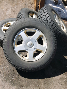 P225 75 16 tires on chevy rims
