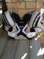 Bauer One55 Jr Large shoulder pads