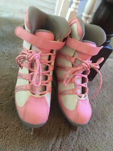 PINK SIZE 3 ICE SKATES USED ONCE FOR SALE