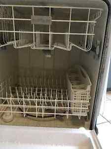 Dishwasher Belleville Belleville Area image 2