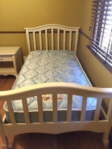 TWIN BEDROOM SET must sell asap
