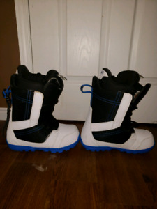Mint Condition Snowboard Boots Size 10.5 - Burton Invaders