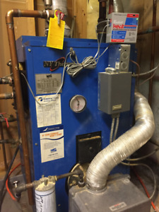 New Yorker Oil Fired Furnace and Vilco Oil Tank