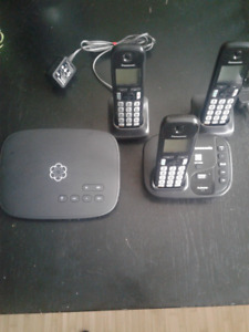 Ooma Telo + 3 Cordless Phones