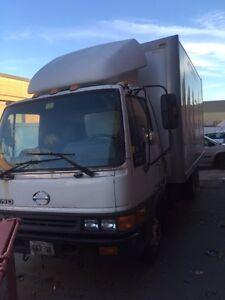2000 hino fb1817 reefer diesel truck