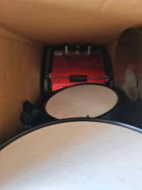 Kids drum set - stool included