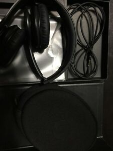 Beats by dr.dre solo black  Cornwall Ontario image 3