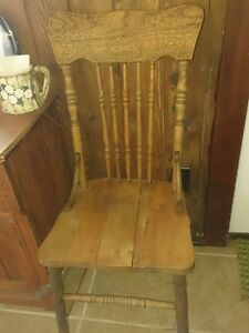 Antique Beautiful Chairs 2 Different Design $20.00 each Windsor Region Ontario image 2