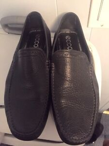 LEATHER ECCO LOAFERS