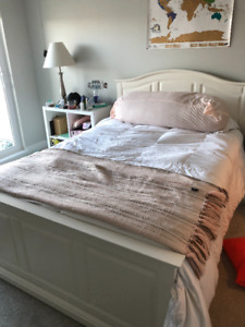 White Double sized Ikea Bed