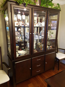 Dark wood buffet & hutch with lights