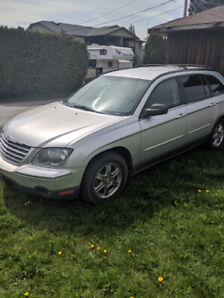 2005 chrystler Pacifica 2wd (Great for parts)