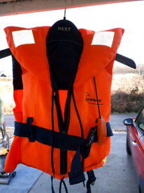 life jacket/ buoyancy aid (young child)