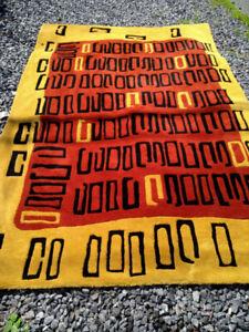 Wool rug, 5x8