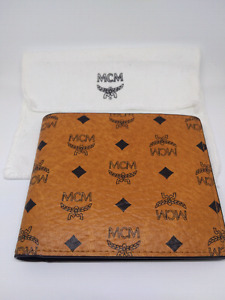 New MCM Claus Bifold Wallet