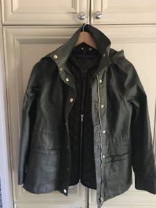 Size Small Tommy Hilfiger fall jacket with separate vest