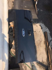 2008 Ford F350 super duty black tailgate