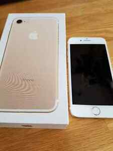Iphone 7 Gold MINT Condition 2 Months old