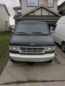 Ford E-250 Cargo van. Low kms.