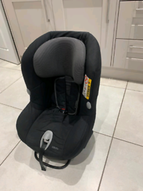 Maxi Cosi MiloFix Car Seat.