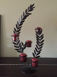 Leafty metal candle decoration