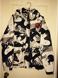 Multiple clothing mint to new condition